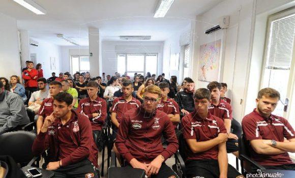Istituto Pareto sponsor US Salernitana 1919 la formazione dei campioni