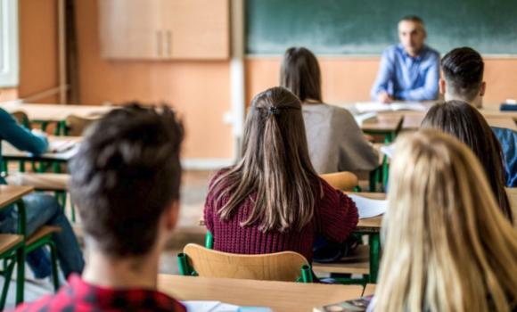 Istruzione superiore paritaria, AFM, corsi serali Istituto Pareto Salerno